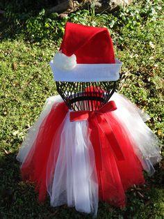 Christmas Tutu set.. $19.95, via Etsy.