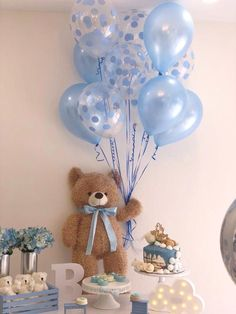 Baby Shower Decorations Teddybär-Babyparty-Dekoration Closet Organizers A closet is that place where Décoration Baby Shower, Baby Shower Balloons, Baby Shower Games, Baby Shower Parties, Baby Teddy Bear, Teddy Bear Baby Shower, Bear Baby Showers, Teddy Bear Party, Teddy Bear Cakes