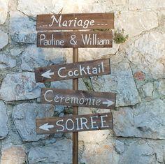 set de panneaux en bois à planter à personnaliser. French wooden wedding signs to be personalized. sur Etsy, 49,90€