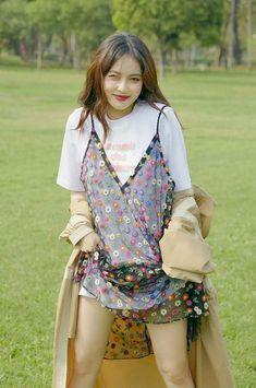 Hyuna Fashion, Kpop Fashion, Fashion Outfits, Hyuna Tumblr, Hyuna Photoshoot, Hyuna Kim, Rapper, Foto Pose, Poses