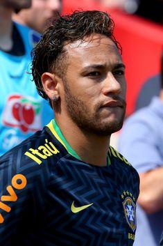 football is my aesthetic Football Match, Football Soccer, Football Players, Boyfriend Pictures, My Boyfriend, Football Hairstyles, Go Brazil, Neymar Jr Wallpapers, Neymar Barcelona
