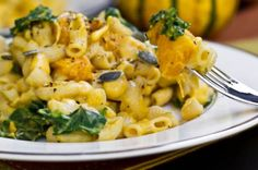 Butternut and greens: Butternut Squash Mac 'n Cheeze. om nom nom. Things I might not have on hand: almond milk, nutritional yeast, macaroni