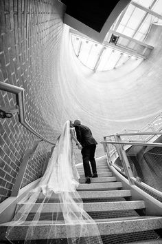 Pendulum photos are our favorite! Photo by Ian Borgerhoff Photography. #Indianapolis #wedding #venue #IndianaStateMuseum