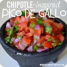 """Copycat Chipotle Pico de Gallo Salsa Recipe"" - This salsa recipe will blow you away with it's fresh flavor! Cooking Tips, Cooking Recipes, Healthy Recipes, Healthy Salads, Yummy Recipes, Homemade Flour Tortillas, Guacamole, Restaurant Recipes, Copycat Recipes"