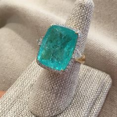 Not a great pic but that's the color!! #nofilter #pamelahuizenga #oneofakind #ringlove #paraiba Need you @cre8tivechild !!!