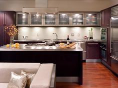 Under-cabinet lighting gives you illumination for cooking and prep tasks.