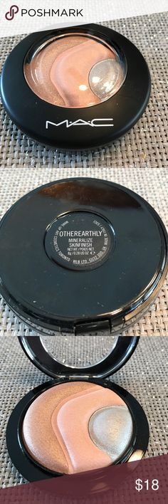 MAC Mineralize Skinfinish in Otherearthly Limited Edition. Used once. Has been sanitized. MAC Cosmetics Makeup Luminizer