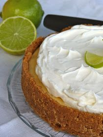 Belle Baie: Key Lime Pie Key Lime Pie, Little Kitchen, Food Photo, Food Pictures, Sweet Recipes, Good Food, Food And Drink, Tasty, Sweets