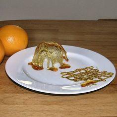 Eigen foto Een feestelijke decoratie voor gebak , ijs of fruitdessert