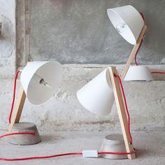 Lampka na betonowej podstawce III - agamartin.com - Design Skandynawski, Meble Skandynawskie, Duńskie, Industrialne, Retro, Vintage, Organic, Fabryczne