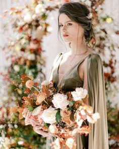 "Weddings & Inspiration on Instagram: ""We're now knee deep in Fall and that crisp morning air, transitioning colors and a pumpkin spice latte in hand... I mean, is this not the…"" Floral Dress Design, Floral Arch, Floral Wedding, Wedding Bouquets, White Sparrow Barn, Silk And Willow, Ceremony Arch, Seasonal Flowers, Groom Attire"