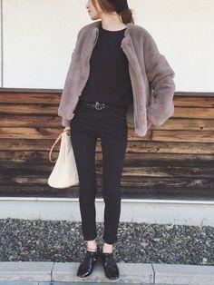 Sato*さんのコーディネート: Normcore Fashion, Fur Fashion, Hijab Fashion, Teen Fashion, Fashion 2018, Daily Fashion, Minimal Fashion, Japanese Fashion, Mysty Woman
