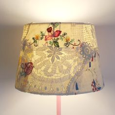 Lampshade+d24cmxh17cm+applique+vintage+fabric+doilies+and+embroideries+4.jpg (800×800)