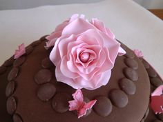 Rose detail on the chocolate cake