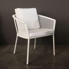 washington woven outdoor dining chair white