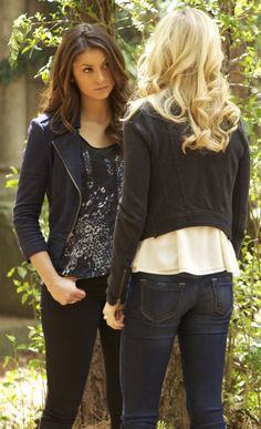 Elena Gilbert wore a BCBGMAXAZRIA Slevie Suede Moto Jacket on The Vampire Diaries. Shop it: http://www.pradux.com/bcbgmaxazria-39slevie39-suede-motorcycle-jacket-29258?q=s3