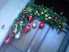 love the angle Christmas Swags, Christmas Door, Outdoor Christmas, Christmas Holidays, Christmas Projects, Christmas Crafts, Christmas Ornaments, Advent, Xmas Decorations