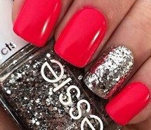 cute nails with sparkle feature nail