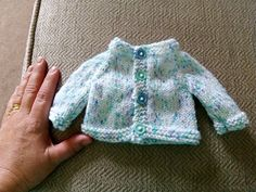 premie baby hats Ravelry: Tiny Topaz - Premature Baby Cardigan pattern by marianna mel Baby Cardigan Knitting Pattern Free, Knitted Baby Cardigan, Baby Hats Knitting, Cardigan Pattern, Crochet Baby Hats, Baby Knitting Patterns, Romper Pattern, Baby Girl Dress Patterns, Baby Hat Patterns