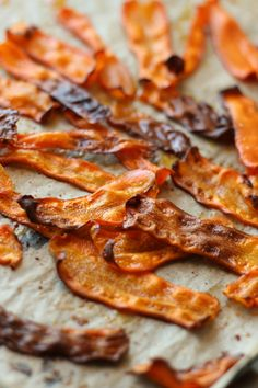 Morotsbacon | Lisa och Eriks hälsoblogg Raw Food Recipes, Veggie Recipes, Vegetarian Recipes, Cooking Recipes, Healthy Recipes, Tapas, Food Porn, Good Food, Yummy Food