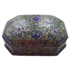 A Silver and Enamel Domed Box Lucknow, India 19th Century www.ollemans.com