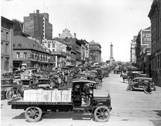 Archives de Montréal, Place Jacques-Cartier,, 1928