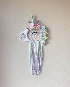 This magical unicorn dream catcher is perfect for your little Unicorn lover! Available in Regular (around 13 wide& or so tall) and Mini (around 8 wide& or so tall) sizes Unicorn Rooms, Unicorn Bedroom, Diy And Crafts, Crafts For Kids, Arts And Crafts, Unicorn Birthday, Unicorn Party, Dream Catcher For Kids, Large Dream Catcher
