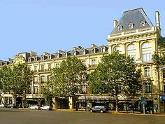Crown Plaza... Where we stayed in Paris