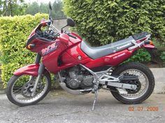 Kawasaki KLE500. I started out on trailies and have always liked Kawasaki's but I thought this to be a bit of a donkey to be honest
