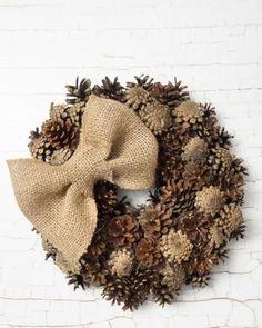 Pine Cone Art, Pine Cone Crafts, Wreath Crafts, Diy Wreath, Pine Cones, Christmas Centerpieces, Thanksgiving Decorations, Christmas Decorations, Pine Cone Flower Wreath