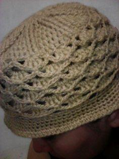 gorro a crochet siguiendo el tutorial de tejidos Olga Huaman