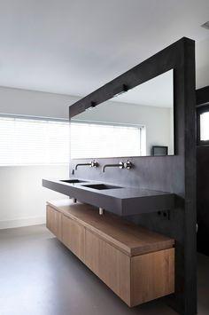 Bathroom Interior Design, Modern Interior Design, Rustic Home Design, Wc Design, House Design, Washbasin Design, Small Hallways, House Inside, Bathroom Colors
