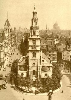 St Clement Danes and Fleet St at the start of the twentieth century