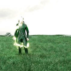 Thor: Ragnarok is coming!... (Gif source: Thor: Ragnarok - Epic TV Spot: https://www.youtube.com/watch?v=bUmMTolb8jg )