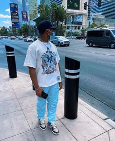 Swag Outfits Men, Stylish Mens Outfits, Men's Outfits, Casual Outfits, Black Men Street Fashion, Men Fashion, Summer Fashion Outfits, Streetwear Fashion, Streetwear Men