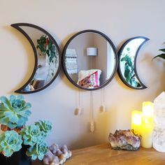 30 Lovely Moon Decor Ideas For Beautiful Home Decoration Hanging Wall Art, Wall Art Decor, Yellow Wall Decor, Tiffany Blue Bedroom, Moon Mirror, Moon Decor, Crystal Wall, E Design, Interior Design
