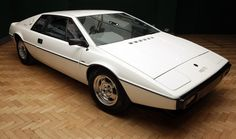 Lotus Esprit S1 (1978) JamesBond's #Lotus From The Spy Who Loved Me Set To be Auctioned