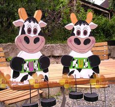 Wood Toys sitting cow from wood - The wood flower Woodworking Table Saw, Woodworking For Kids, Woodworking Supplies, Wooden Projects, Wooden Crafts, Cute Crafts, Diy And Crafts, Wooden People, Disney Animator Doll