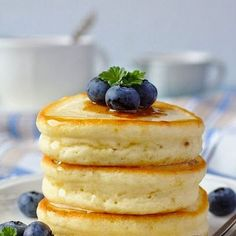Fluffy and sweet Japanese hot cakes