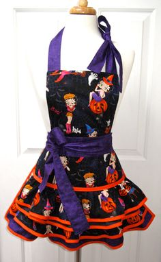 photos of betty boop apron | Reversible Vintage Betty Boop Halloween Retro Apron Ruffled