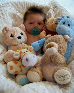 Baby photo ideas. So cute!