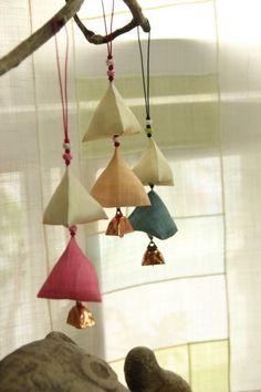 Home Crafts, Diy And Crafts, Korean Crafts, Textile Fiber Art, Types Of Craft, Korean Art, Window Art, Linen Napkins, Handmade Design