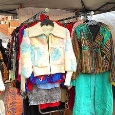 The #SundayMondayVintage outerwear selection is on point today #FentonFinds