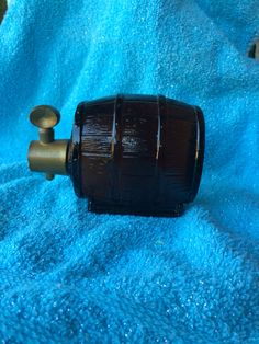 Vintage Avon 1970's Keg Wild Country on Tap Wooden Beer Barrel After Shave Cologne Brown Glass Bottle Decanter Collectible