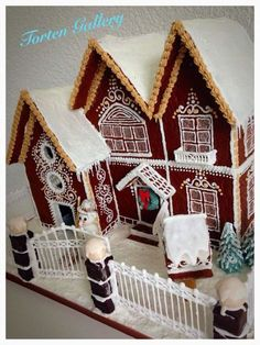 Sunday Sweets: 11 Gingerbread Houses To Make You Drool — Cake Wrecks Gingerbread House Designs, Gingerbread Village, Gingerbread Decorations, Christmas Gingerbread House, Gingerbread Cake, Christmas Cookies, Icing Decorations, Christmas Baking, Cookie House