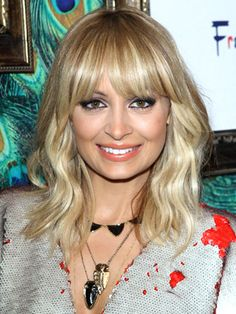 Google Image Result for http://www.dailymakeover.com/appImages/galleryImages/women_celebrity_hairstyles/Nicole_Richie%2BNov_19_2011.jpg