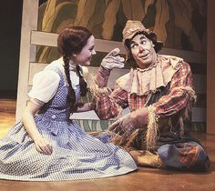Young Laura Osnes in Wizard of Oz.. Fucking perfect Laura Osnes.... She's the best princess/heroine ever