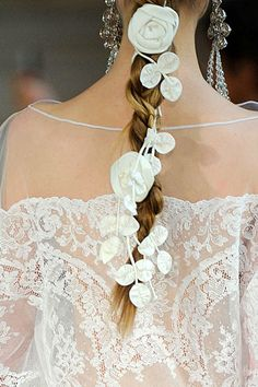 Spring Alexis Mabille detail.