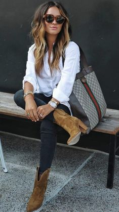 Soak up the last bits of summer and take a peek into Fall with this curated collective. Chic Outfits, Spring Outfits, Winter Outfits, Fashion Outfits, Womens Fashion, Curvy Outfits, Work Outfits, Fashion Tips, Casual Chic