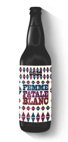Cerveja Evil Twin Femme Fatale Blanc, estilo India Pale Ale (IPA), produzida por Evil Twin Brewing, Dinamarca. 6% ABV de álcool.